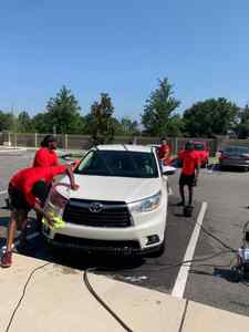 <p> May 25, 2019 Sharks Car Wash - Sharks players Chris Gilchrist, Markus Smith, Keith Bowers, Aaron Bellazin and Derrick Ziegler put on a Sharks Car Wash for the community at The Point at Tamaya Apartments!</p>